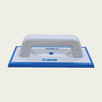 Резиновый шпатель для затирания швов производства Mapei