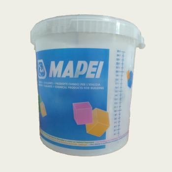 Ведро пластиковое мерное производства Mapei объемом 25 литров